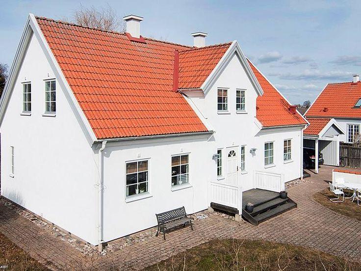Vit Fasad S 246 K P 229 Google Home House Garage Doors