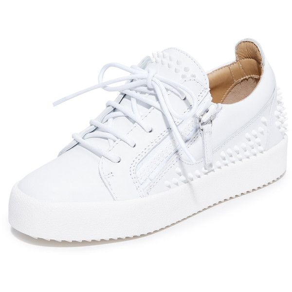 Giuseppe Zanotti Maylondonsc Sneakers ($900) ❤ liked on Polyvore featuring shoes, sneakers, white, giuseppe zanotti sneakers, leather lace up shoes, studded shoes, lace up shoes and platform trainers