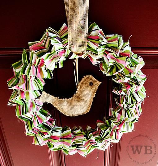 17 best small christmas wreaths images on pinterest for How to decorate a burlap wreath for christmas