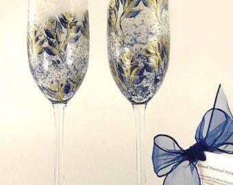 Champán pintado a mano o gafas - rosas de oro y azul marino elegante conjunto de 2 - 50 boda aniversario regalo Idea tostado flautas del vino
