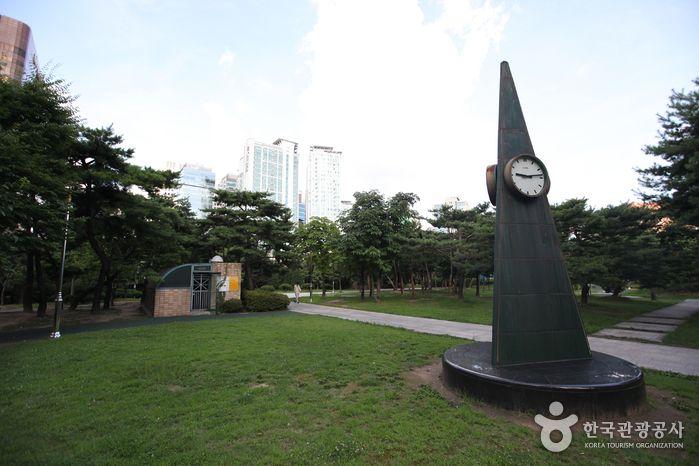 44명이 성인의 반열에 오른 국내 최대의 천주교 성지 서울 서소문순교성지