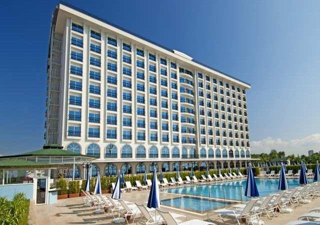 http://www.booking.com/hotel/tr/harrington-park-resort.nl.html?aid=364915