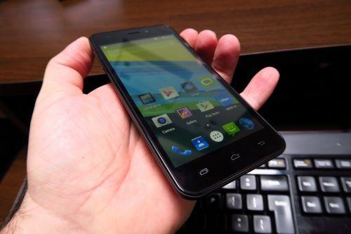 UTOK Q5 GT este un model important la Mobilissimo.ro, pentru că sincer vorbind nu îmi amintesc ultima oară când am testat un telefon ce costa sub 100 de dolari. Terminalul a debutat în noiembrie 2015 şi a ajuns de la preţul de...
