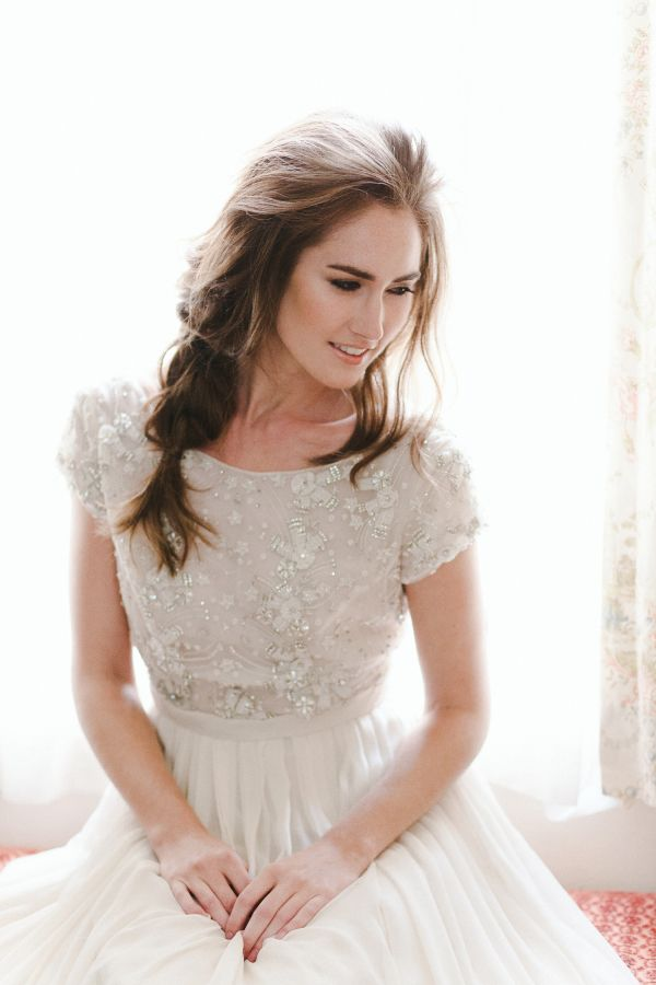 Wedding Makeup That Lasts All Day : How to Make Your Makeup Last All Day (and Night!) Black ...