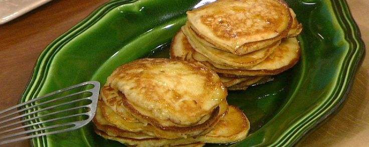 Bruce Paltrow's World-Famous Pancakes Recipe | The Chew - ABC.com