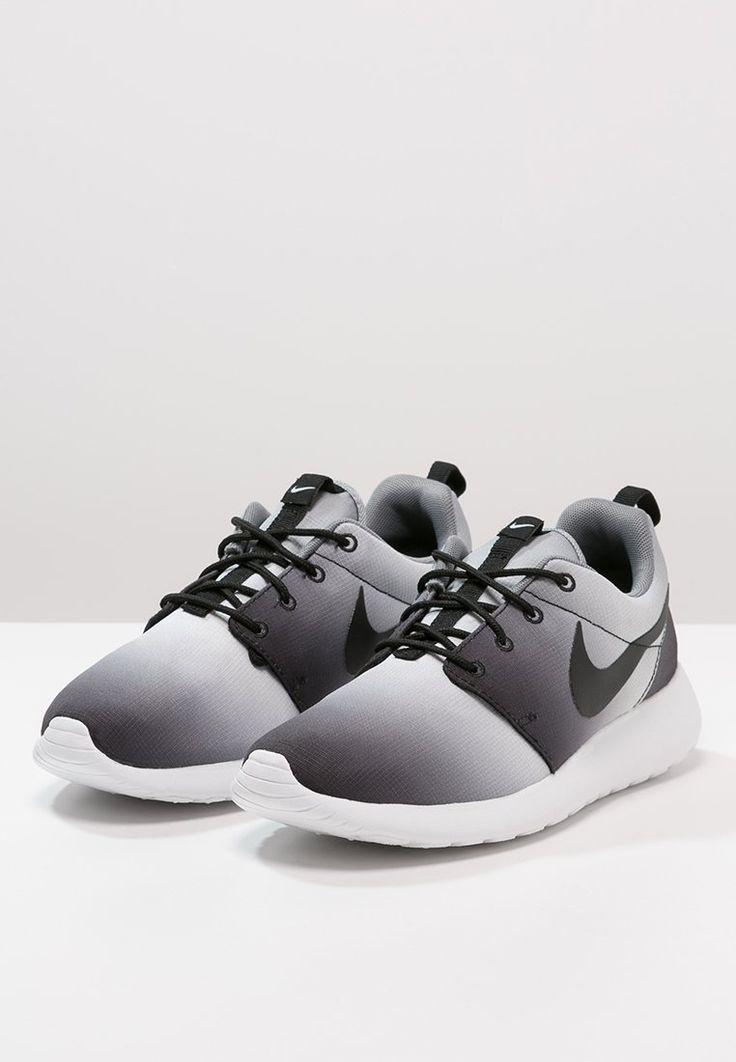 Nike Sportswear ROSHE ONE - Sneakers - black/white/cool grey - Zalando.
