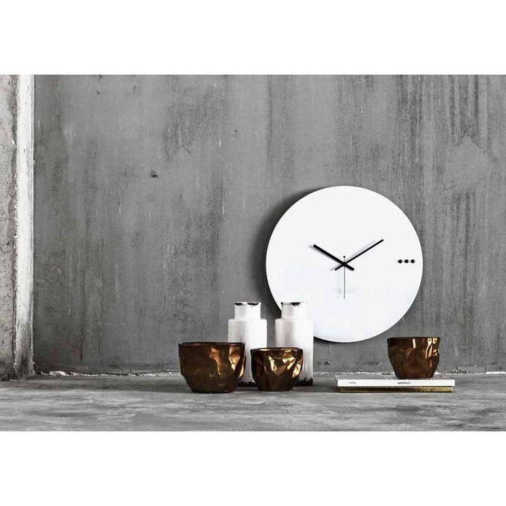 Ρολόγια τοίχου της Εταιρείας xline. tre white 50cm 95€