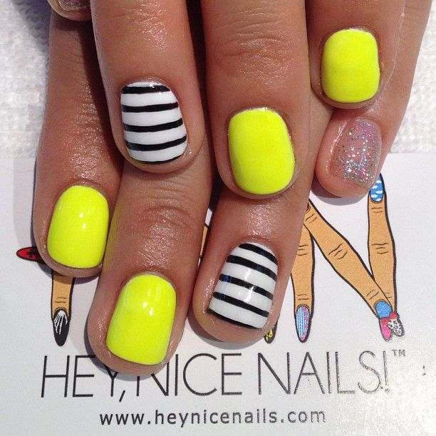 Fluorescent #gelnails for Flor #nailart #nicenailsfornicepeople