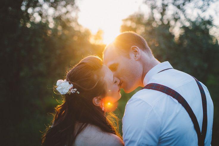 Yael & Uri outdoors romantic countryside wedding by Liron Erel http://www.norwegianweddingblog.com/2015/03/bryllup-pa-landet-av-liron-erel.html