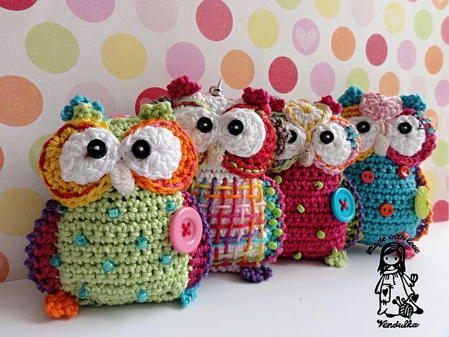 crochet owl pendant
