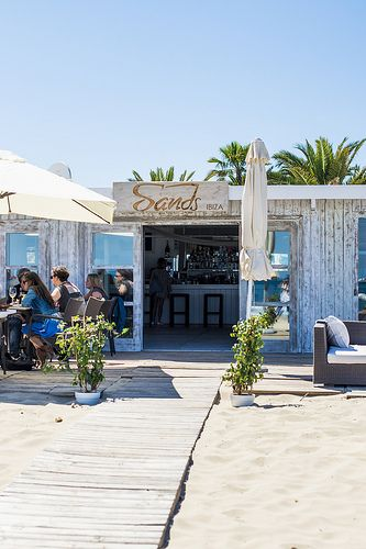 Sands, Ibiza beach restaurant - White Ibiza. Photography by Sofia Gomez Fonzo