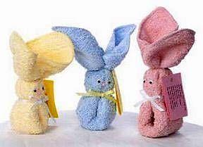 Как из полотенца сделать зайца. Как сложить полотенце в виде зайца…