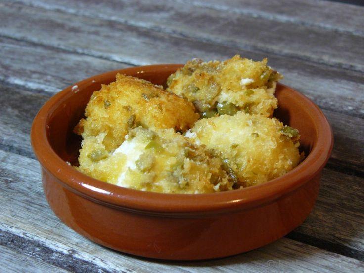 Tapas - frittierte Frischkäsebällchen mit Oliven - Katha-kocht!