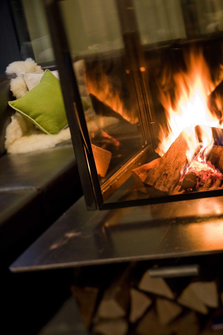 Hotel Matterhorn Focus | Design Hotel | Switzerland | http://lifestylehotels.net/en/matterhorn-focus | Fireplace | Luxury | Lifestyle | Winter