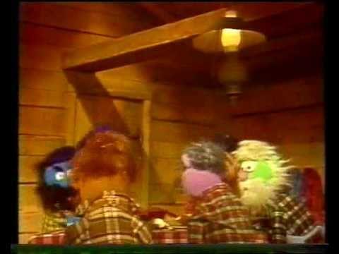 Sesamstraat - Grover - Eerste voor het eten - YouTube