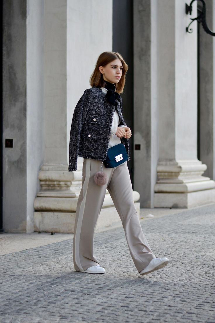 More on www.offwhiteswan.com Bouclé Tweed Jacket by Veronica Virta, Blouse with Frills by Zara, Palazzo Pants striped, Crossbody Bag by Zara, Adidas Stan Smith Sneakers, Parisian, Paris Streetstyle, Prefall, Trend2016, Autumn/Winter, Streetstyle Munich, Fashionblogger #offwhiteswan #swantjesoemmer