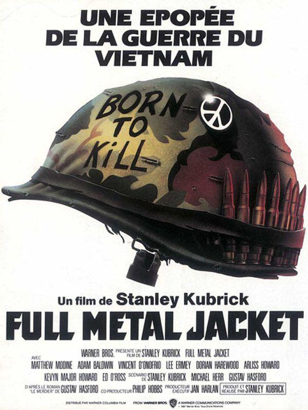 Full Metal Jacket est un film de Stanley Kubrick avec Matthew Modine, Arliss Howard. Synopsis : Pendant la guerre du Vietnam, la préparation et l'entrainement d'un groupe de jeunes marines, jusqu'au terrible baptême du feu et la sanglante offensi