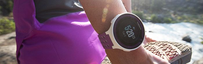 Garmin forerunner 220 with heart rate monitor GPS tracking/mapping that pairs with phone and garmin connect.