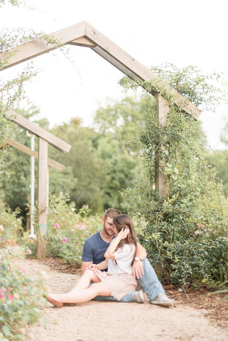 George Bush Library | Engagement Session | College Station, TX | Katelyn Todd Photography