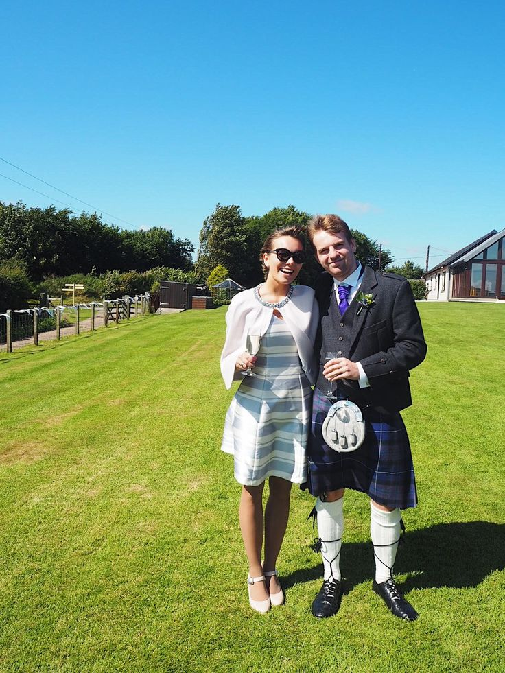 Summer Wedding in Scotland (Rachel & Ali) | kilts, wedding guest dresses, hats, fascinators