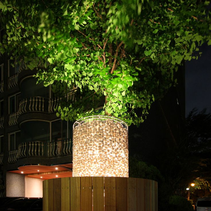 Detail of the gabion lamp post during the night  http://www.hjlstudio.com/chungdam-mokhwa-riverville
