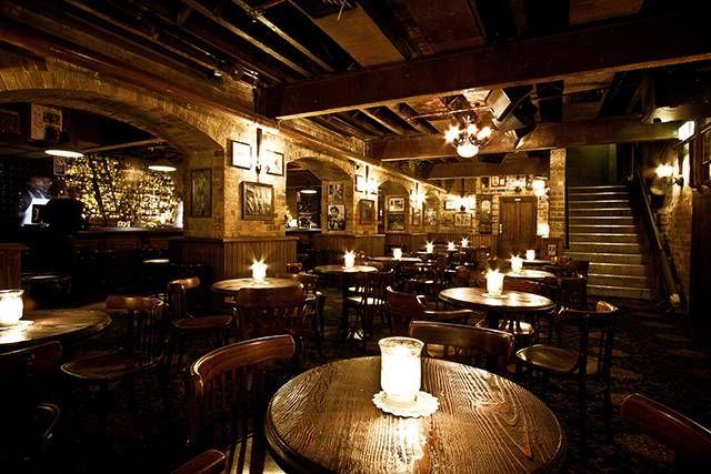 baxter inn sydney whiskey speakeasy in the basement off an unmarked