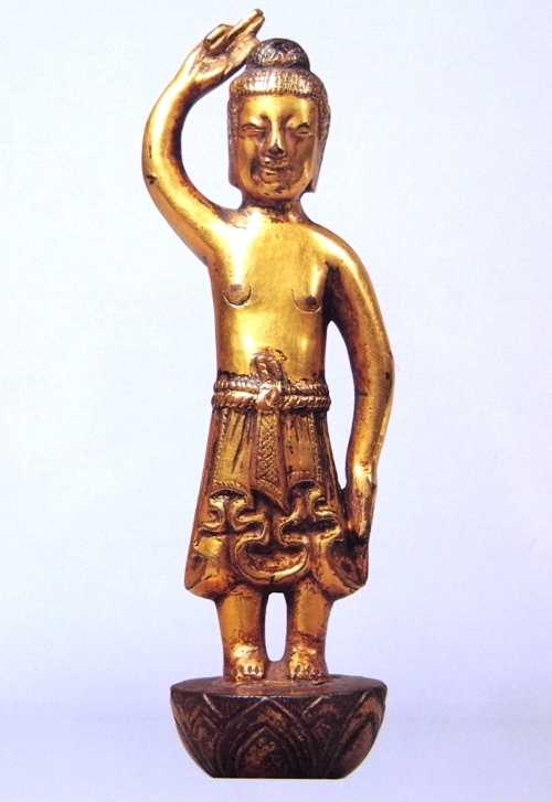 誕生釈迦仏立像  7世紀中頃(飛鳥時代)