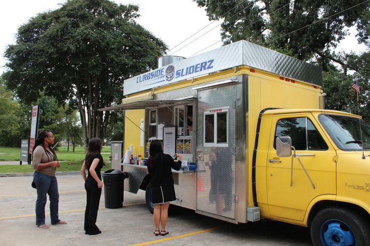 Curbside Sliderz Food Truck Houston