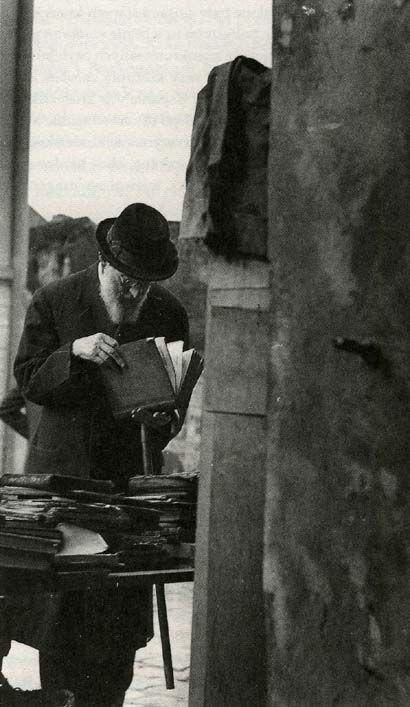 The Jewish quarter in Lwów - Poland - 1930. @Watorski