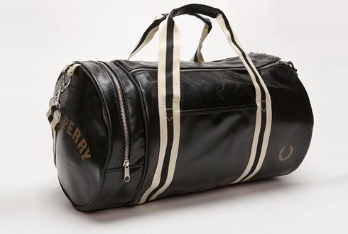 Fred Perry brings back old-fashioned Gym Bag Aesthetics in this barrel-shaped Bag
