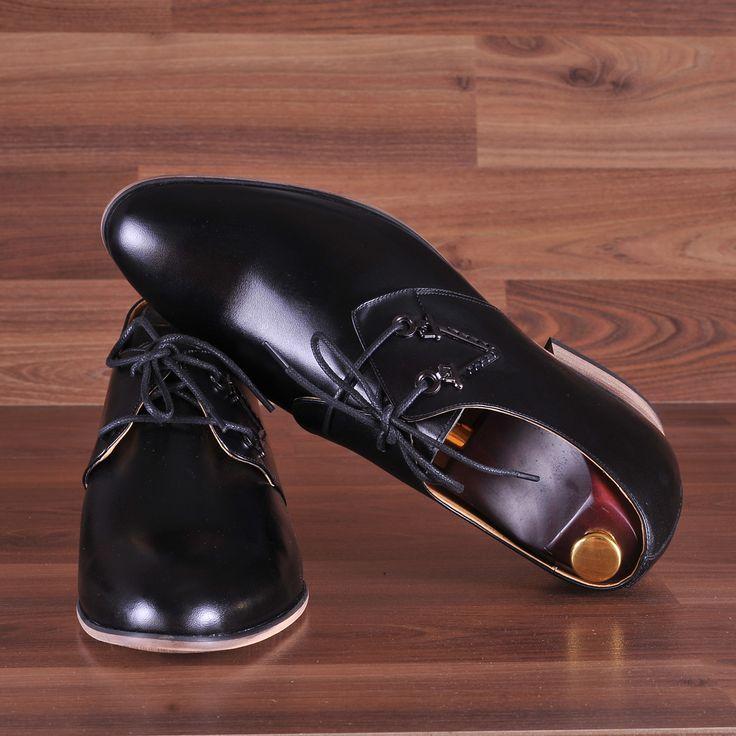 Cao thêm 7cm ngay lập tức cùng giày tăng chiều cao GCTA19045