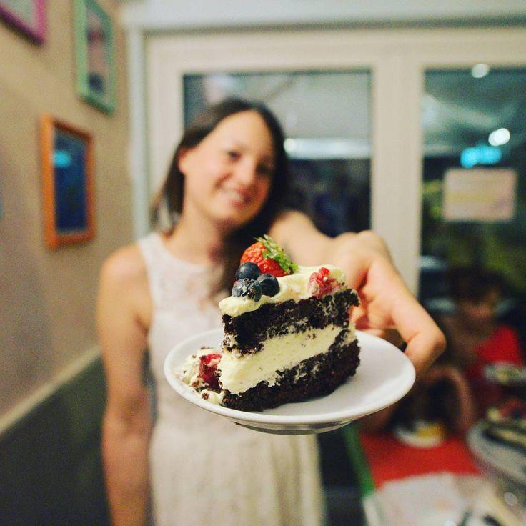 #mybirthday #mycake #chocolate #cream #fruit #happybirthdaytome #whitedress #bigsmile #cake #bakery #gelateriarcobalenoroverchiaraverona #23annienonsentirli