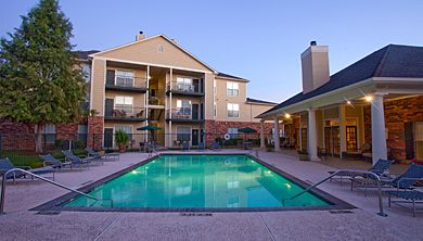 The Spring Brook apartments in Baton Rouge has modern amenities like a swimming pool, access gate and outside storage! #apartments #forrent #realestate