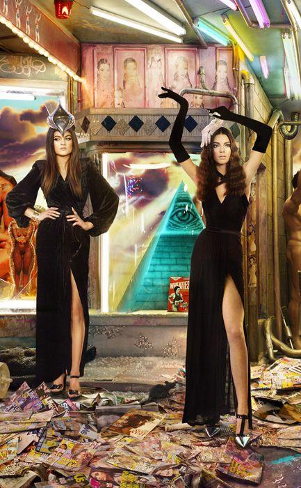 La extravagante postal navideña de la familia Kardashian Jenner
