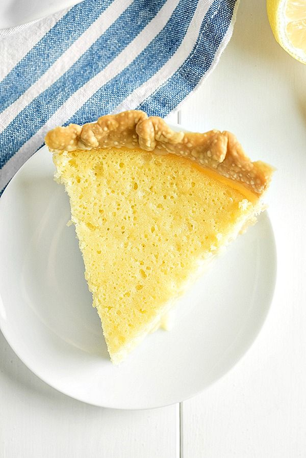 Old Fashioned Buttermilk Lemon Pie Is Creamy With A Lovely Lemon Flavor It S A Very Easy Pie To Make And Will Qu Buttermilk Recipes Lemon Pie Recipe Lemon Pie