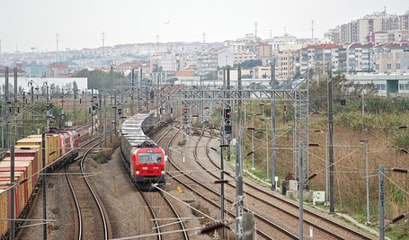 Linhas de caminhos de ferro, Alverca