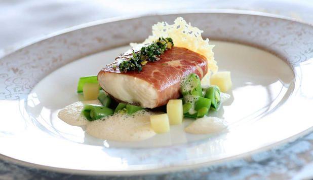 En spennende kombinasjon av norsk kveite, italiensk parmaskinke og en kremet saus av parmesan. #fisk #oppskrift