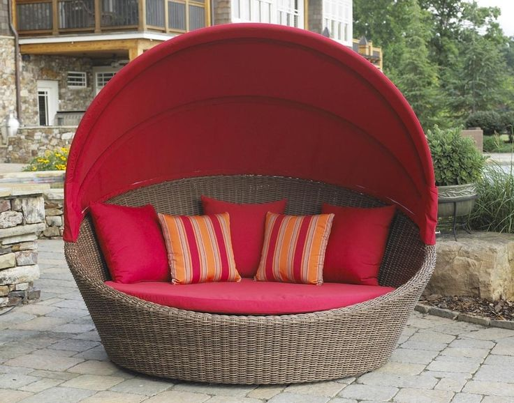 an outdoor wicker daybed is the perfect piece of patio furniture in wicker wicker paradise also sells other outdoor furniture in wicker