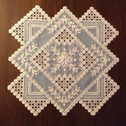 kimmariesembroidery: I'm not typically a huge Hardanger fan but I did like this one I found on Pinterest.