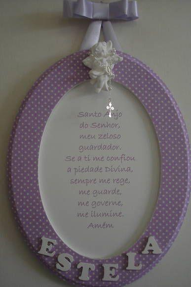 Quadro oração Santo Anjo com aplique de anjo em gesso,  mini terço e nome da criança. Moldura forrada de tecido. Fazemos nas cores verde, azul, rosa e lilás. R$ 48,60