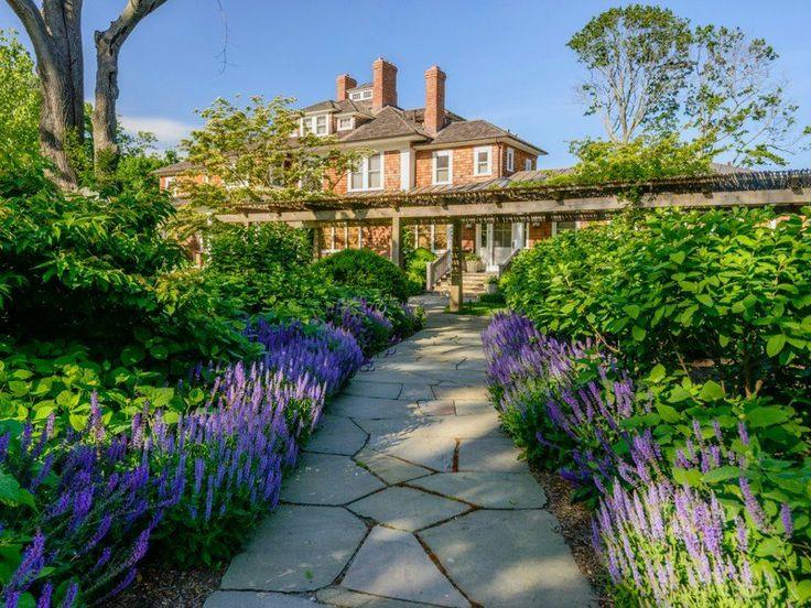 Het luxe huis van Richard Gere te koop. Volg ons in de zoektocht naar de meest luxe huizen op aarde, de mooiste historische woningen, de droomhuizen van beroemdheden, wereldnieuws en veel meer.