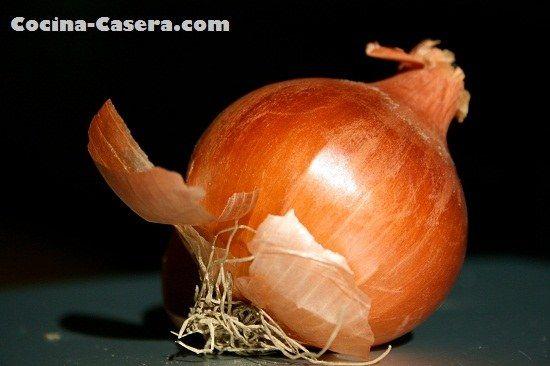 Truco casero para no llorar al cortar la cebolla. El mejor! | Recetas de Cocina Casera - Recetas fáciles y sencillas
