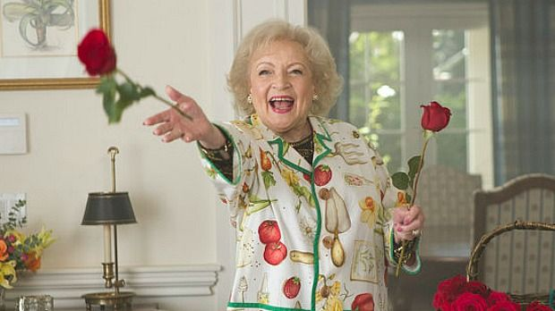 17 best images about betty white she is a golden girl on for How old was betty white in golden girls