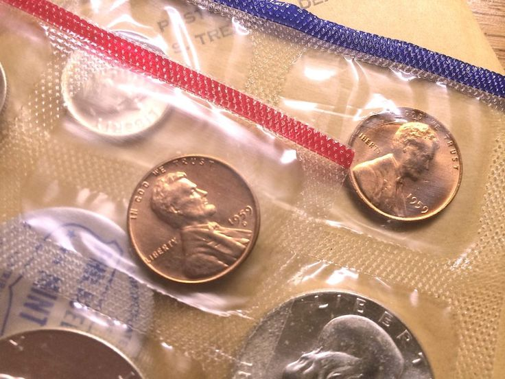 Have 1959 pennies and want to see what they're worth? Here's the current 1959 penny value, how many were made, and why you should keep these old pennies!