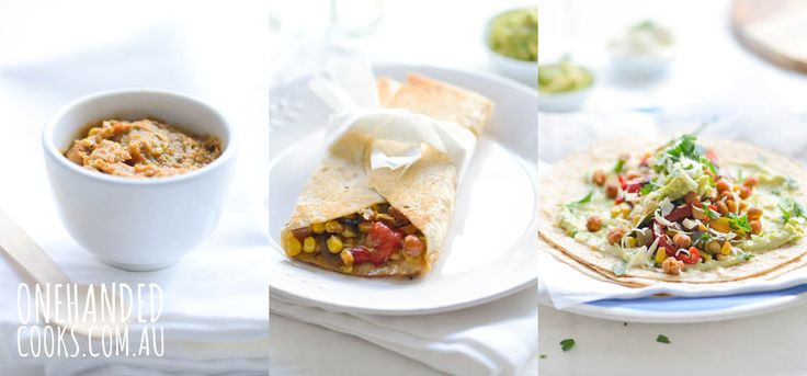 {NEW 1 MEAL 3 WAYS} CHICKPEA FAJITAS: A Mexican inspired vegetarian meal for the whole family to enjoy. #onehandedcooks