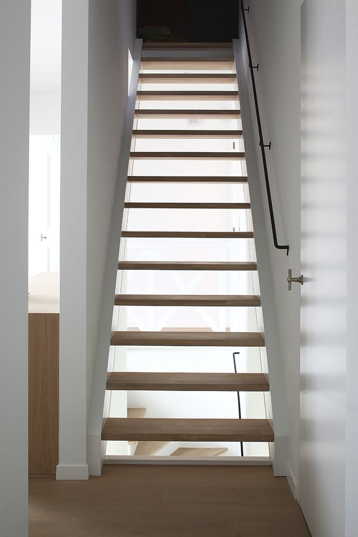 67 best trappen images on pinterest stairs hallways and entrance - Hout deco trap ...