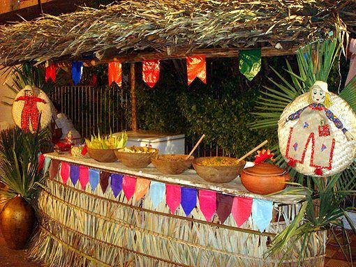 Marcado por fogueiras, danças, deliciosas comidas típicas e muitas decoração colorida, o mês de junho é conhecido por suas comemorações feitas a são joão, que acontecem em todo o país.As comemoraçõ…
