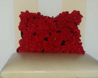 BEAUTIFUL RED DECOR PILLOW