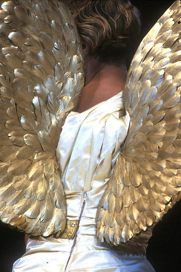 THIERRY MUGLER  AW83                                         #angel wings