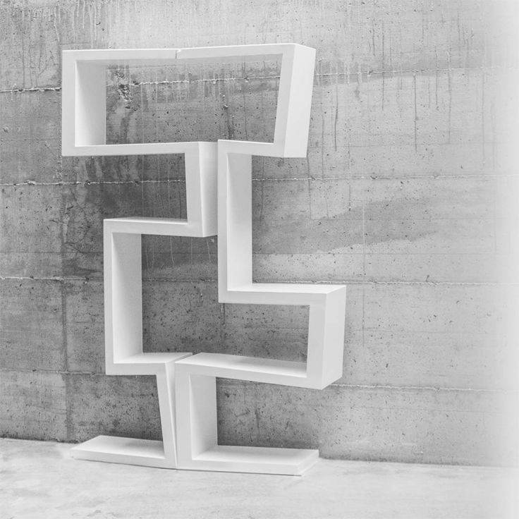 bookshelf and pop sculpture It can be used as a single sculpural object, as a continuous bookshelf made with many modules, as a bench or coffee table.   #bookshelf #design #white #sculpture #boekenplank #ontwerp #suunnittelu #kirjahylly #projekt #bokhylle #bogreol
